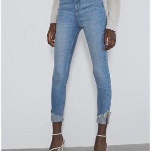 Zara Jeans - NWT Zara cuffed skinny jeans